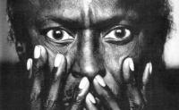 Miles-Davis-EYES-1986